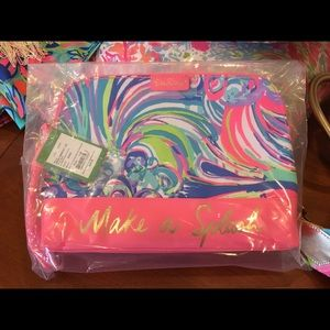 NWT LILLY PULITZER BOHEMIAN POUCH